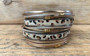 brede leren armband beige leopard